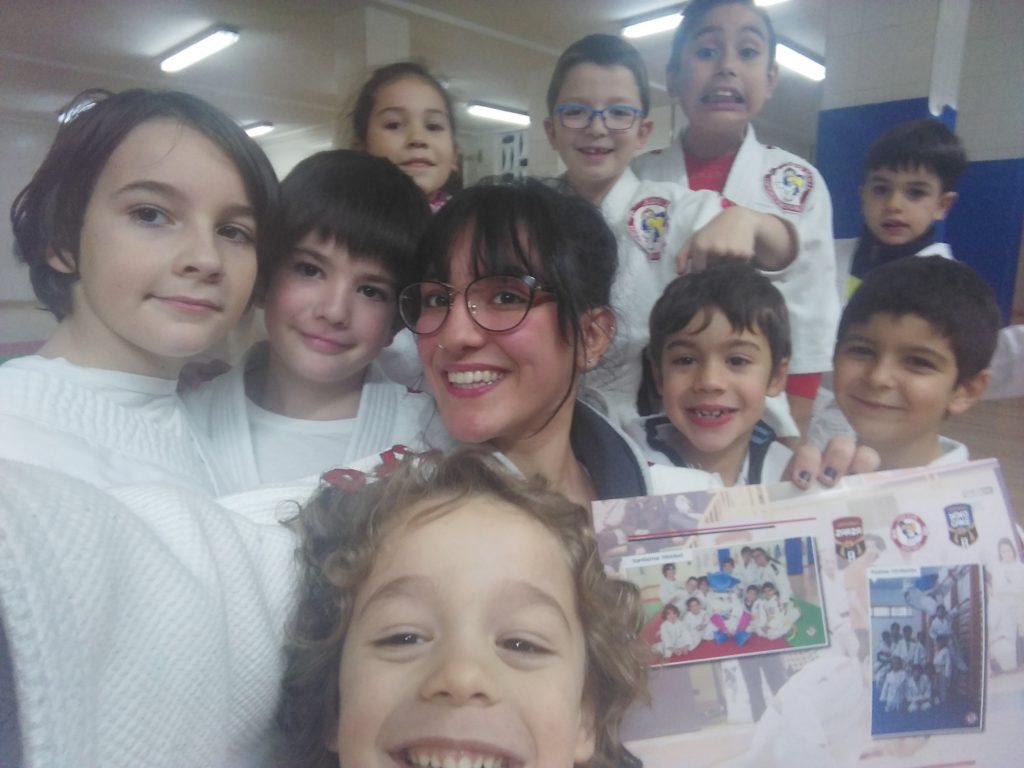 alumnos del colegio Santísima Trinidad